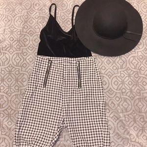 🌼 Gingham Zipper Pants